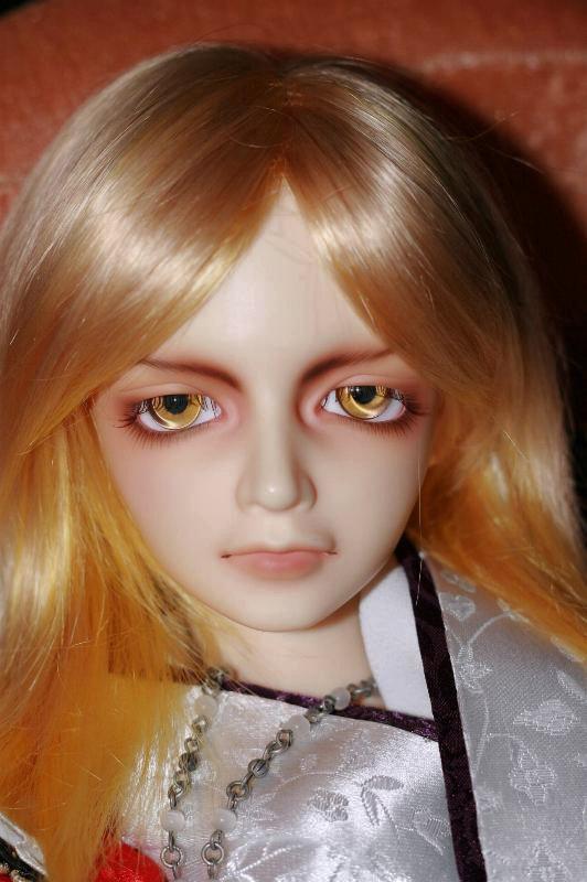 Shirou ball jointed doll